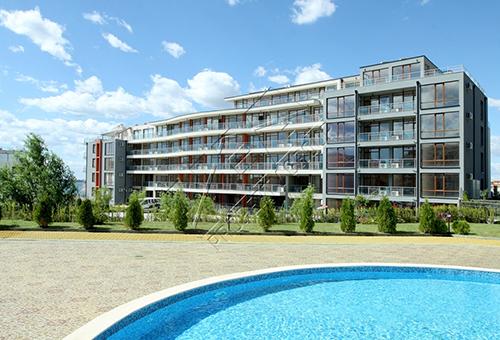 Студио в комплекс едностаен апартамент област Бургас  Свети Влас